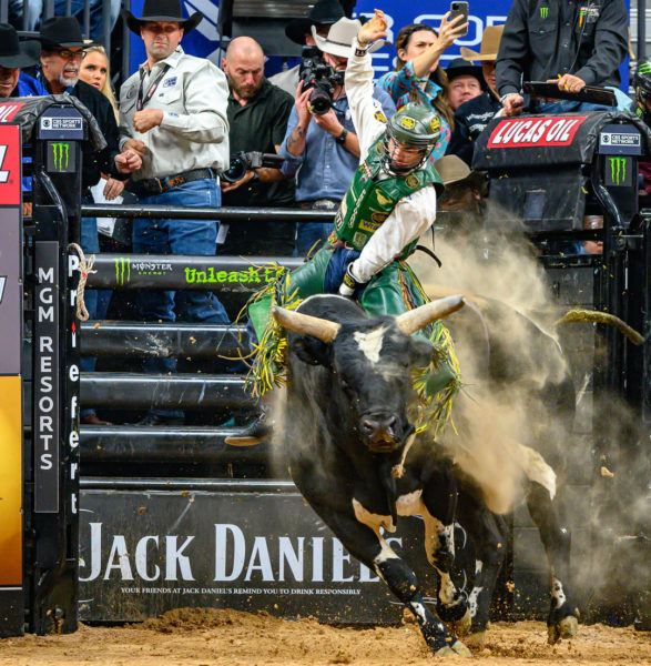 2019 PBR Champ Jess Lockwood