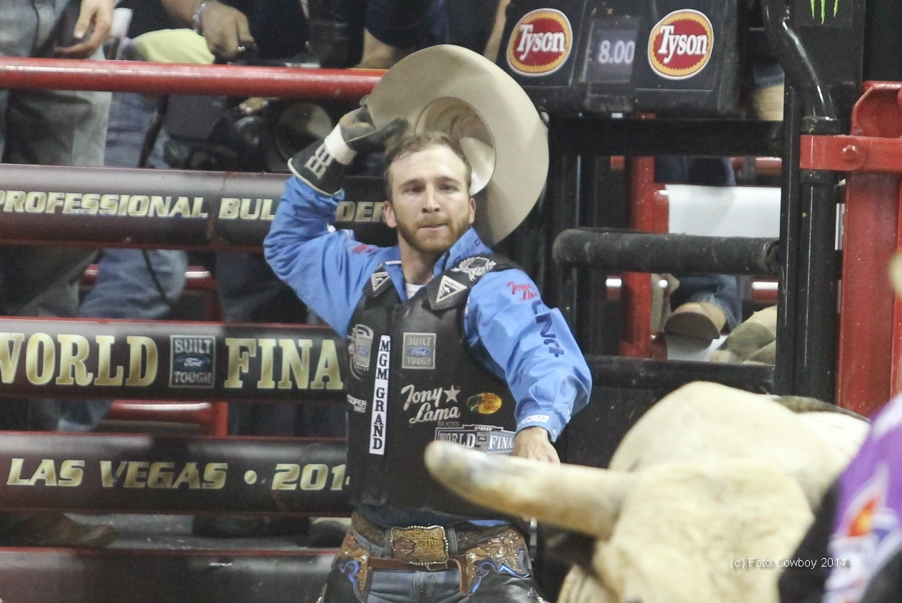 Pbr World Champion And Rookie Of The Year Are Crowned At